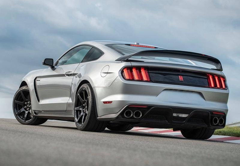 性能更加激进/轻量化设计 福特Mustang Shelby GT350R官图发布