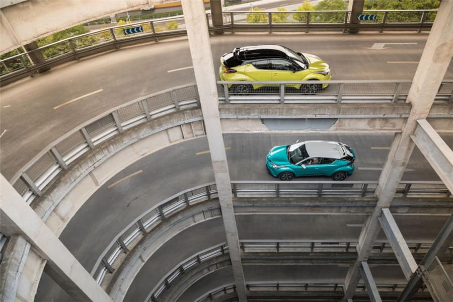 这台15万的SUV,或许能帮你逃离城市…