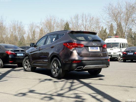 这台SUV仅售10万,涡轮增压自动挡,全景天窗大屏幕