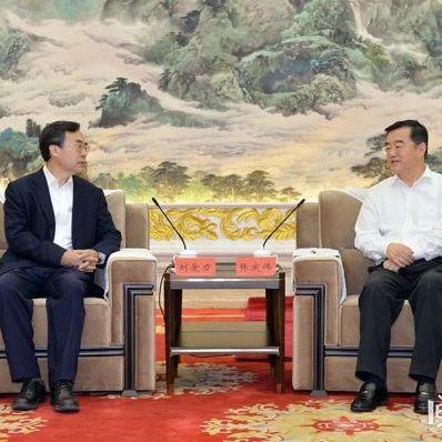 张庆伟会见中国邮政集团公司党组书记董事长刘爱力
