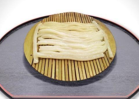 失眠者救星降临!日本乌龙面棉被比玩偶好抱 有助提高睡眠品质