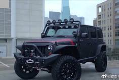 视频:帅炸!爆改防弹Jeep牧马人,看着就带劲,燥起来吧!!!