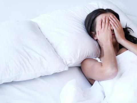 晚上开灯睡觉,对睡眠和健康有哪些危害?你有必要清楚