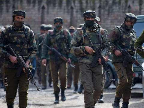 获得全球最强国家支持,巴铁对印发出动武警告,印度海军全线戒备