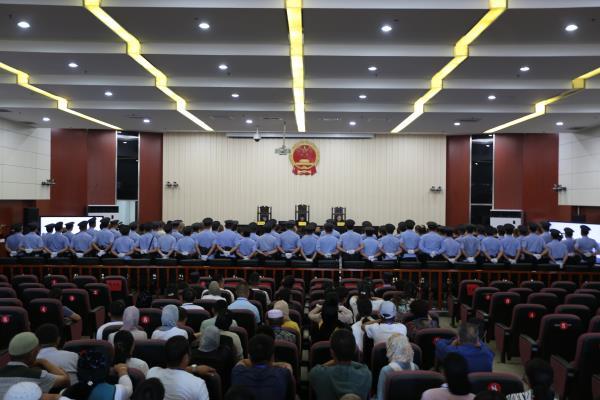 青海省西宁中院:对全省首例涉黑案件二审公开宣判首犯获刑二十五年
