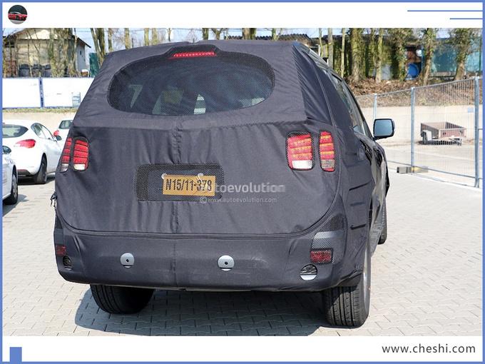 下月亮相!起亚新款SUV谍照,比普拉多硬派,大众途昂的克星