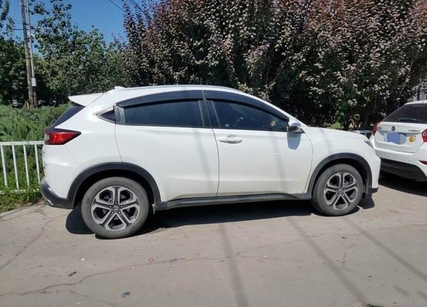 落地16.5万喜提本田XRV,用车两个月,车主:性价比超高,很省油