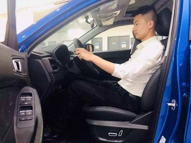 将上市的十万级重磅纯电SUV,搭载AI系统,续航超400km