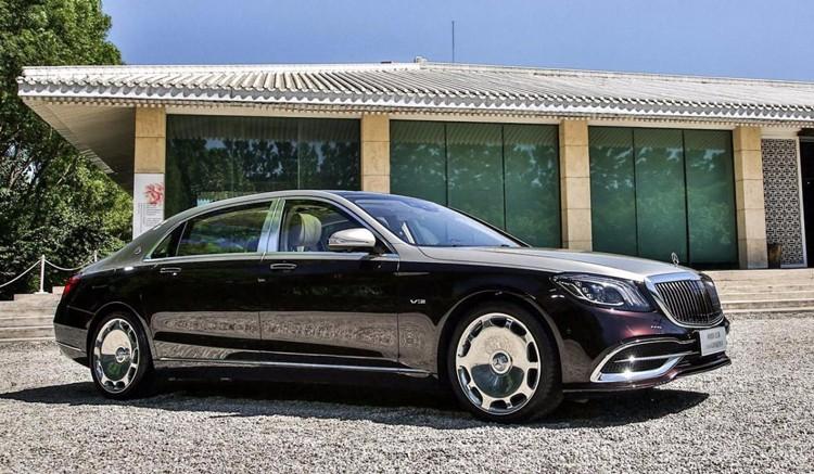 奥迪放大招,迈巴赫都要抖三抖,新车W12加持买200万元!