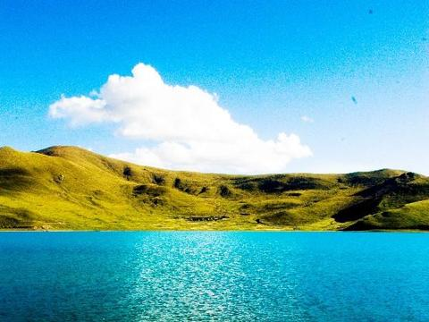 西藏这个湖泊比北京朝阳区面积还要大,且里面的鱼无人敢随意捕捞
