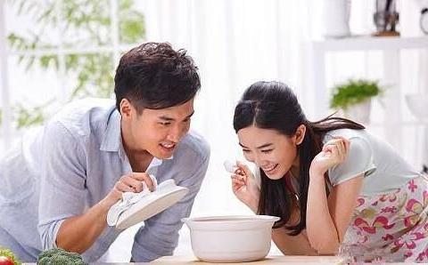 女人备孕时,这三种食物经常吃,补充雌激素,还能提高卵子质量