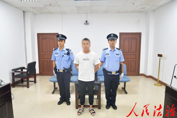 男子教唆他人醉酒驾驶机动车获刑