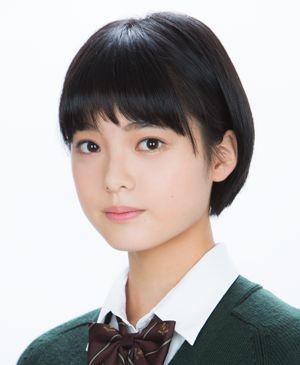 欅坂46平手友梨奈再受伤 18岁少女惹人怜惜