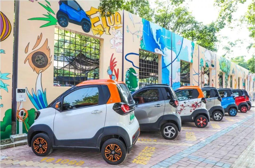 首月热销6,328辆背后,宝骏新能源为何能引领城市出行新风潮?