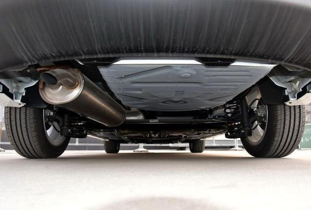 捷达只有车标能赢它!多出23马力实测油耗6L,重1.2吨4.6米仅7万