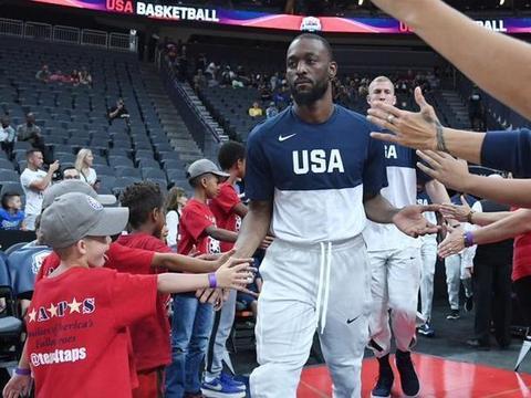 美国男篮打完澳大利亚后将裁员,普拉姆利跟哈里斯为何成为首选?
