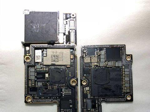 iPhone 11光板曝光,主板面积扩大一倍,定有黑科技