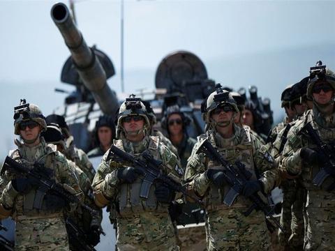 挑衅俄军哨所,普京千里之外指挥作战,仅1个集团军就横扫该国?