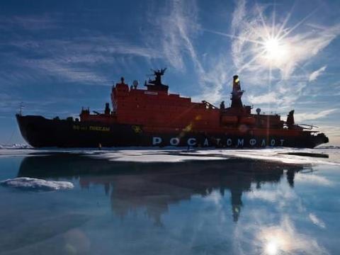 地球最干净的地方:却下起塑料雪,每升浮冰中含1.2万个塑料微粒