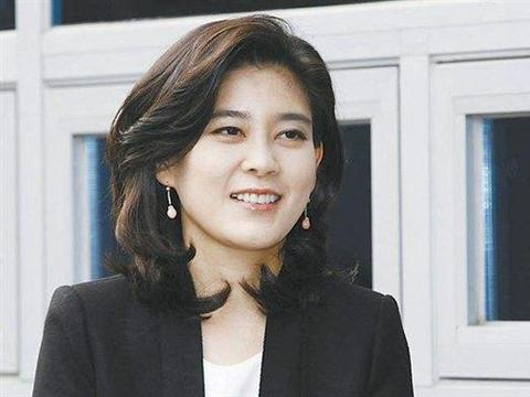 """""""山鸡变凤凰""""很短暂!娶到韩国女首富,离婚分80亿,却选择自杀"""