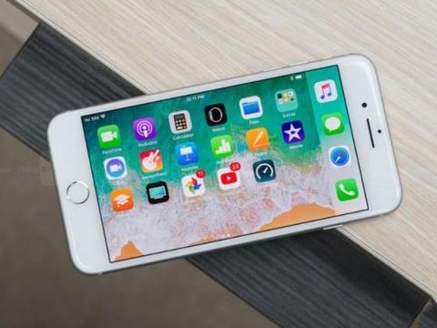 选iPhone8 plus还是华为P30,了解清楚这4点,选择不再后悔!