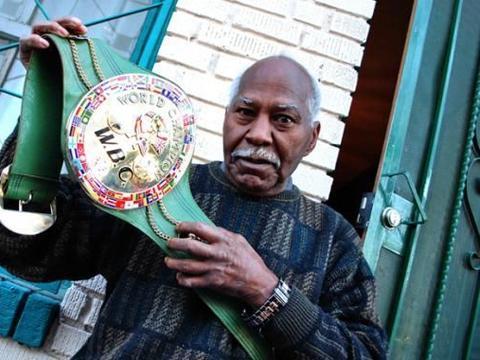 古巴传奇拳王纳波利斯病逝,称霸拳坛6年,身材与梅威瑟十分相像