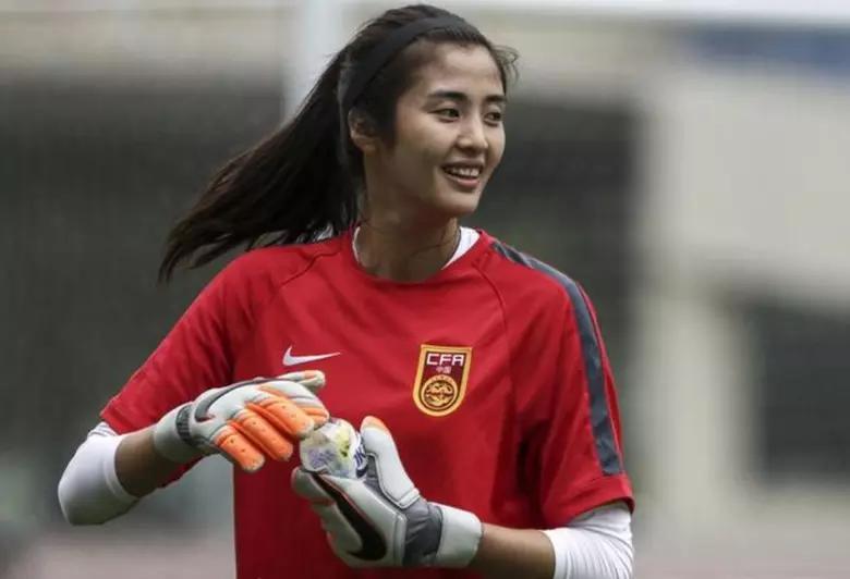 中国女足最美门将,身高1米88颜值一流身材似模特
