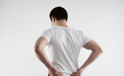 骨质疏松是什么原因导致,留意四种情况,早预防