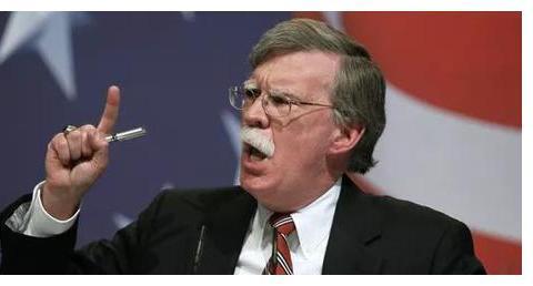 竟敢拦截首长专机!俄军苏27酒驾出击,美战机被疯狂举动吓跑
