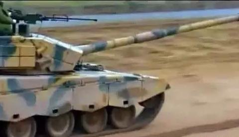 02式14.5毫米重机枪威力有多大?比12.7毫米高射机枪子弹强大?