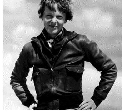 埃尔哈特失踪事件:传奇女飞行员太平洋消失,神秘失踪82年!