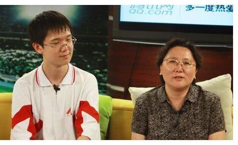 当年的北京高考状元,却被11所美国学习拒收,如今怎么样啦?