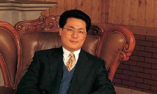 """他被誉为""""北京李嘉诚"""",蹬三轮打工完成学业,因雇凶杀人判死刑"""