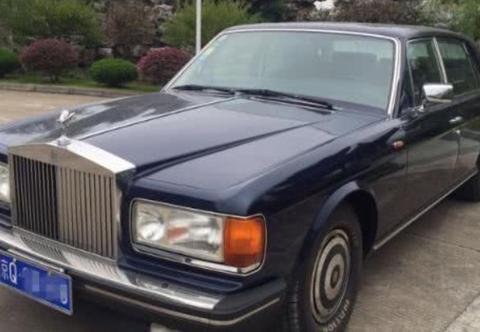 93年的顶级劳斯莱斯,当年售价1000万,钥匙跟电瓶车差不多