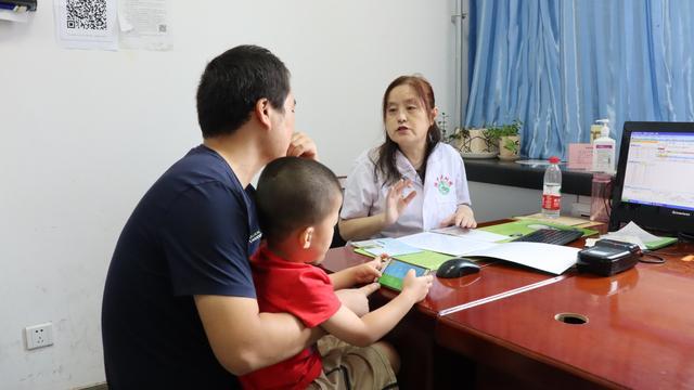 关爱儿童生长发育  健康传播与我同行