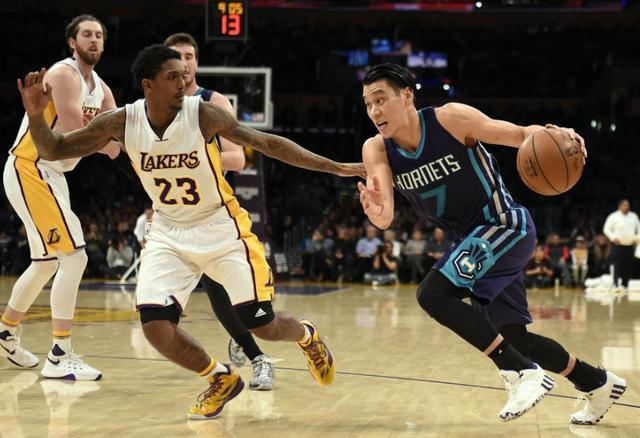 哈佛学霸、华裔骄傲、他还是被NBA抛弃了,CBA成了他无奈的选择