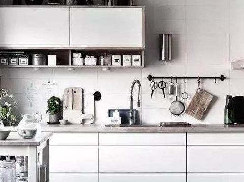 厨房今年流行这样装修,很适合小户型,收纳空间翻倍,清洁更方便