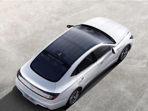 新能源车充电难?现代给出新方案,太阳能+混动,1L油能跑20公里
