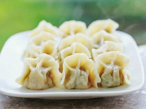这东西农村遍地都是,包水饺特别好吃,对女性子宫有好处
