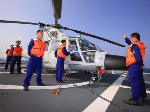 舰载直升机和陆基直升机在设计上有哪些差别?