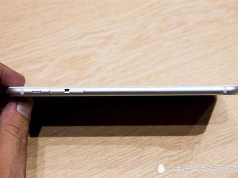 难怪现在苹果手机寿命越来越短,原来是苹果公司背地动了手脚!