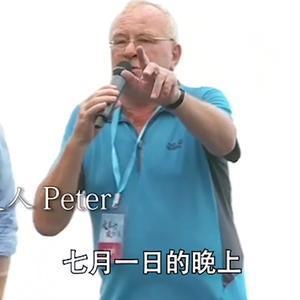 外国友人当众质问香港暴徒:你们为什么害怕中国?