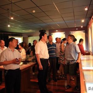 聊城市技师学院举行主题党日活动:40余名党员瞻仰一大会址,弘扬繁森精神