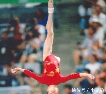 42岁体操奥运冠军陆莉现状 退役后到美国结婚当老板 混血儿子14岁