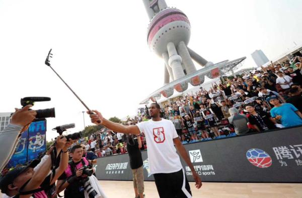 阿尔德里奇上海掀起NBA夏末狂欢
