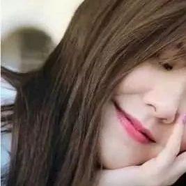 TVB文青女神与绯闻男友甜蜜合唱 曾被拍在角落接吻回应是角度问题