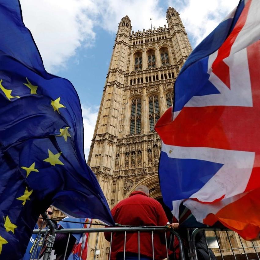 民众花46亿英镑囤货,英国脱欧大限将至