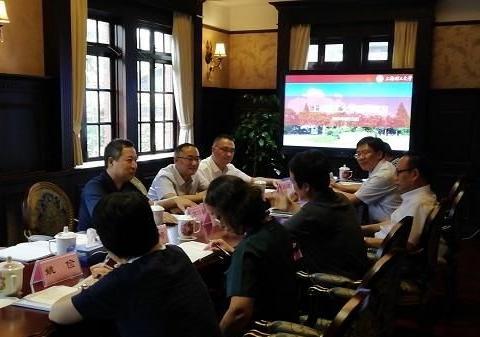 徐亭董事长陪同挪威工程院院士容淳铭教授,访问上海理工大学