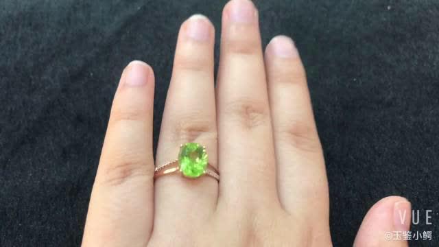 八月,生辰石橄榄石的戒指最吸睛~橄榄石的绿