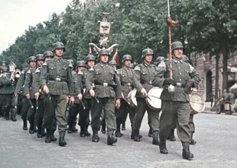 """作为德国""""闪击战之父""""的古德里安,二战后为何被无罪释放?"""